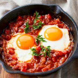卵とトマトソースで簡単美味しいシャクシューカの作り方・レシピ