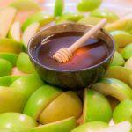 イスラエルの新年「ロッシュ・ハシャナ」の定番ギフトとは?