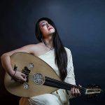 イスラエルでセファルディ音楽の神髄を歌う日本人歌手