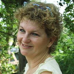 失われた創造力を再教育する。イスラエル人アートセラピスト、Nona Orbach(ノナ・オーバック)氏