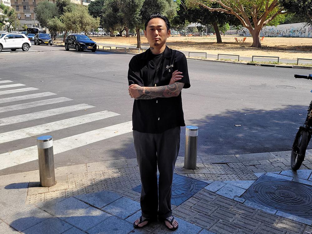 イスラエルをはじめ世界で彫師として活躍する日本人彫師の彫しゃちさん