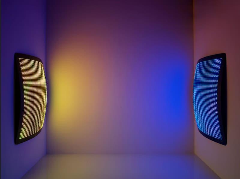 Manta Ray LED Dynamic Wall & Ceiling Light