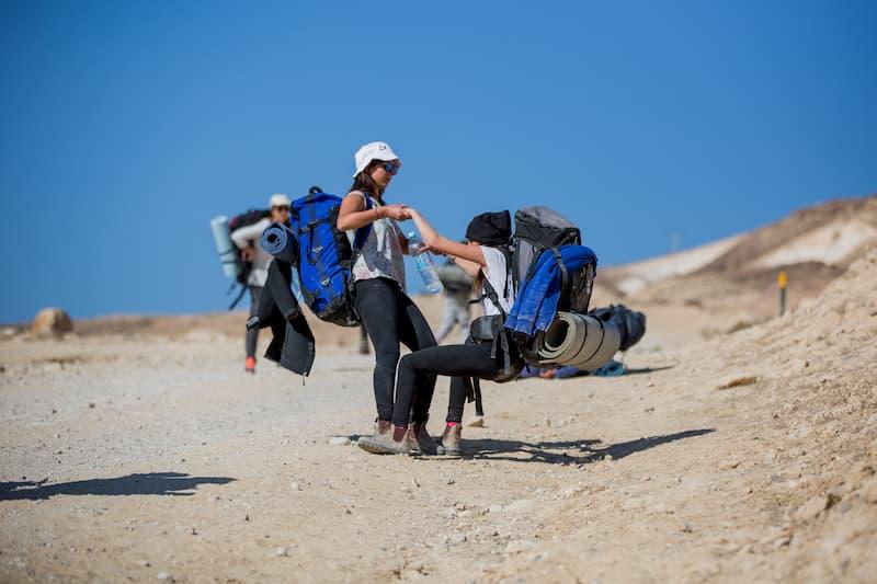 ニリムプログラムのクライマックス、砂漠の中で5日間のサバイバル旅行