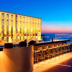 忘れ去られた建物からモダンデザインホテルへ。見事な再生を遂げたテルアビブのホテル「ライトハウス」